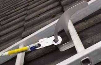 Kotvící bod pro šikmé střechy