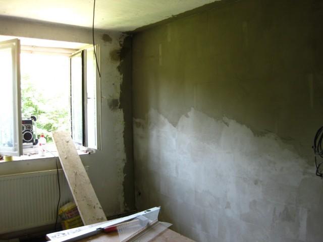 Stěrkování stěny1