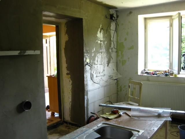 Stěrkování stěny2