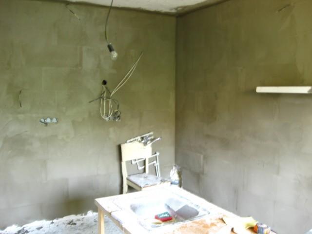 Stěrkování stěny3