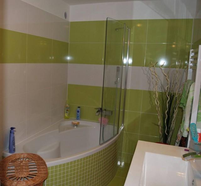Hotový keramický obklad koupelny
