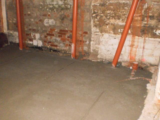 Nově zhotovený podkladní beton na tvarovkách Iglú, které tak plní i funkci ztraceného bednění
