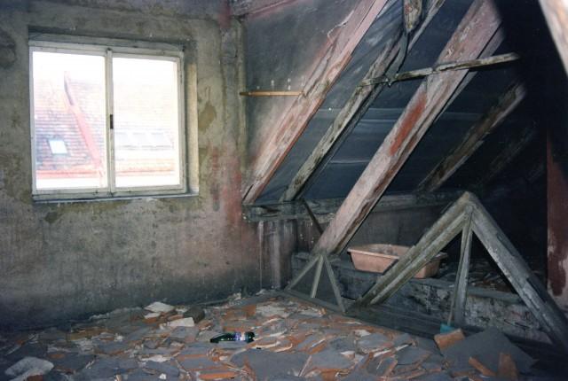 Rekonstrukce podlahy z dřevěných palubek - původní stav